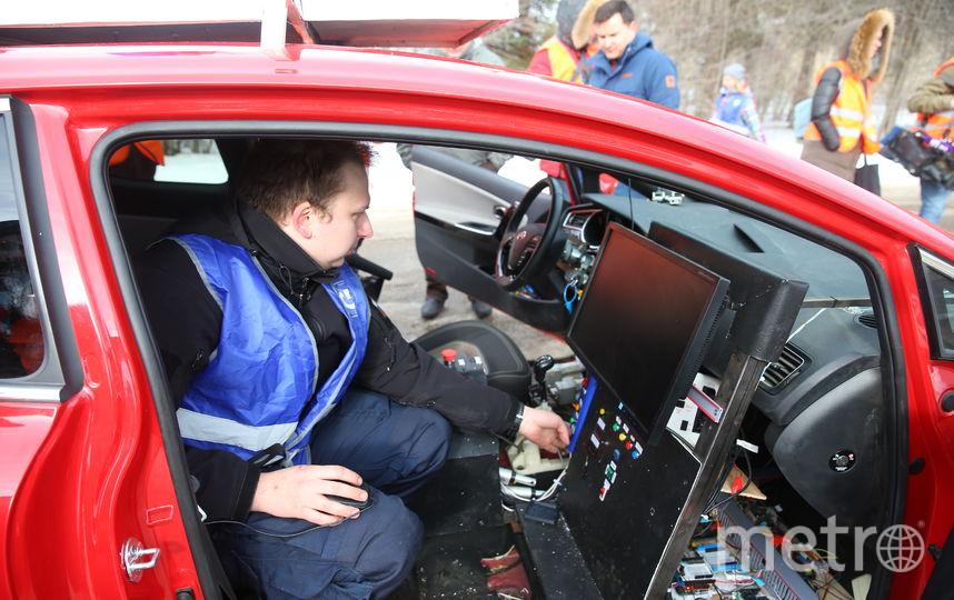 В Подмосковье прошли первые в России зимние испытания беспилотных автомобилей. Фото Василий Кузьмичёнок