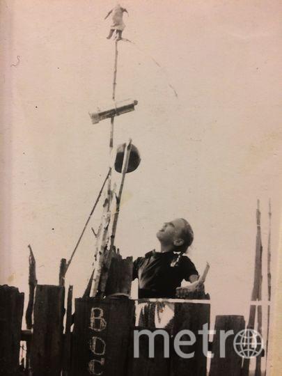 """Летом в деревне, где мы с семьёй отдыхали, с папой и друзьями соорудили первый в стране монумент полёту в космос на корабле """"Восток"""". Фото Горбачёва Елена"""
