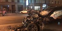 На Лесном BMW влетела в маршрутку, есть пострадавшие