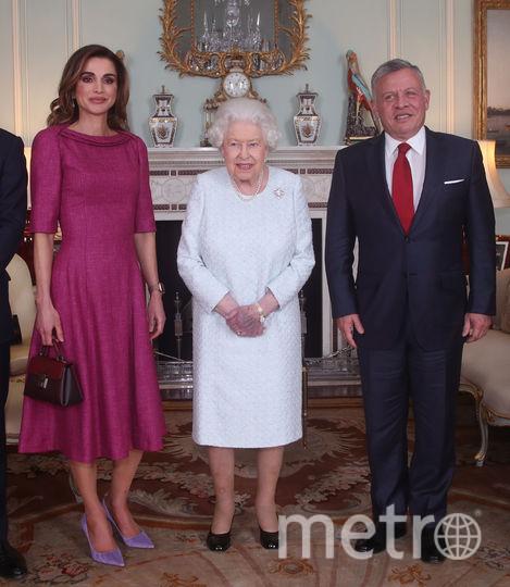 Встреча королевы Елизаветы II c королем и королевой Иордании. Фото Getty