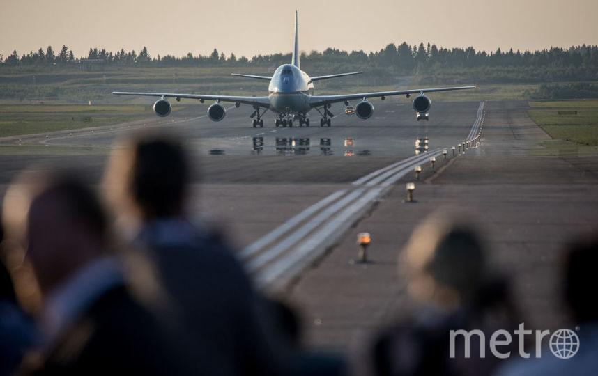 Школьник спас жизнь пассажиру самолета, следовавшего из Сочи в Москву. Фото Getty
