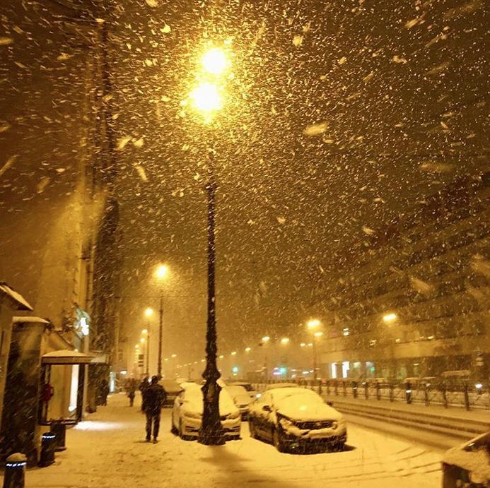 Петербург накрыло снегом в первых числах весны. Фото скриншот Instagram