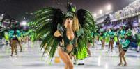 В Рио-де-Жанейро проходит легендарный карнавал: Самые горячие фото участниц