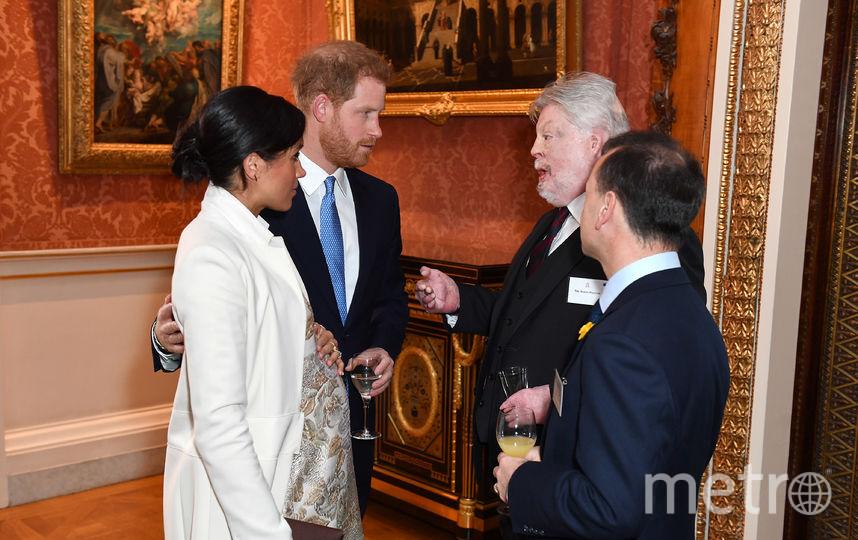 Меган Маркл и принц Гарри приветствуют гостей. Фото Getty