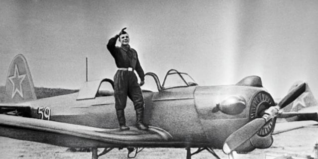 Курсант авиационного училища в г. Оренбурге Юрий Гагарин.