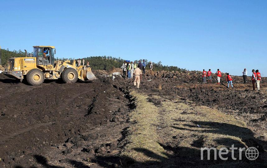 Фото с места крушения самолета в Эфиопии. Фото Getty