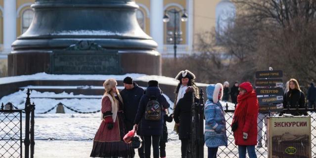 Аниматоры заполонили Петербург.