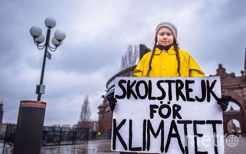 """Грета отказалась ходить в школу, пока шведские политики не займутся проблемами глобального потепления. Фото https://twitter.com/GretaThunberg, """"Metro"""""""