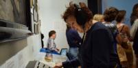 В петербургском музее можно стать диджеем