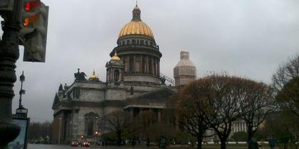 Дожди пришли в Петербург с потеплением: какой будет новая рабочая неделя