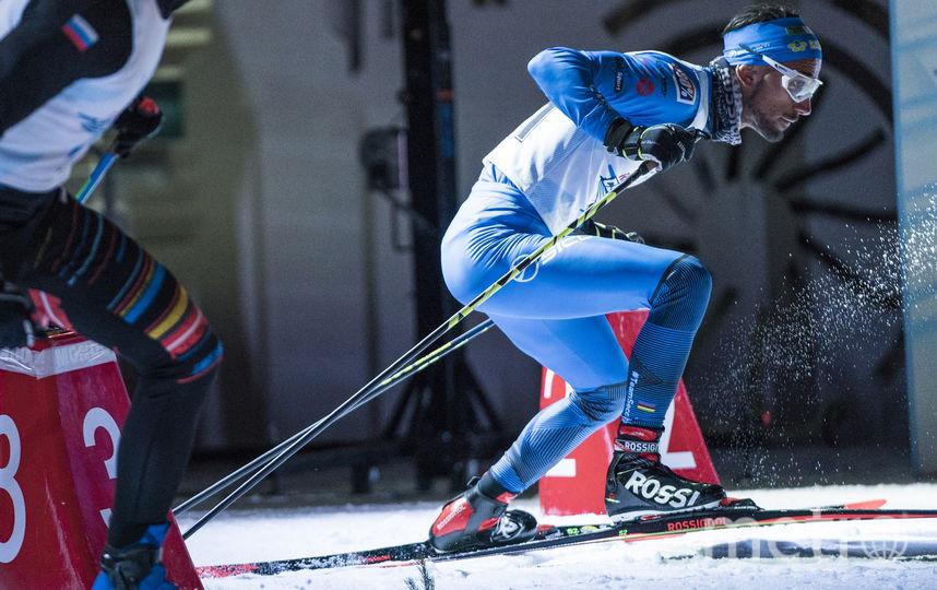 Итальянский лыжник Эмануэль Беккис. Фото redbullcontentpool