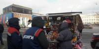 Борьба с нелегальной торговлей в Петербурге: убрали даже сувениры у Спаса на Крови