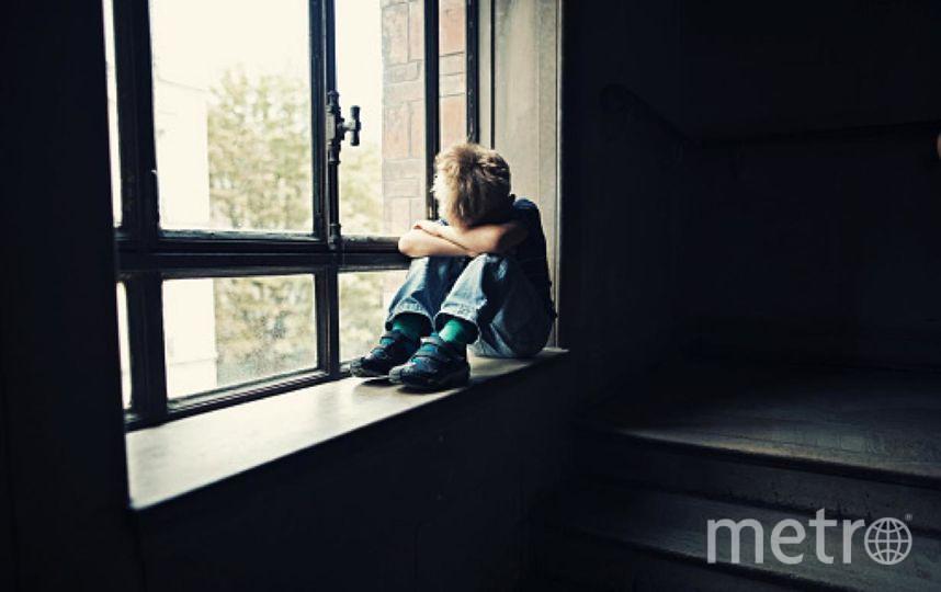 В Подмосковье ребенок прожил несколько дней в комнате с убитой бабушкой. Фото Getty