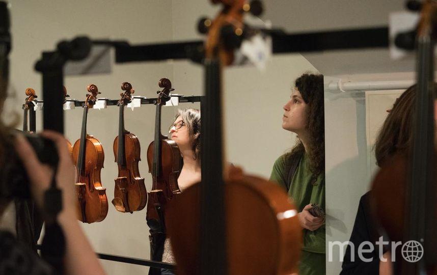 """Всего на выставке представлено 68 инструментов. Фото """"Metro"""""""