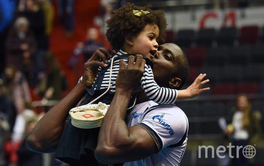 """Игрок волейбольного """"Зенита"""" Ореоль Камехо с дочерью. Фото instagram @priscila_camejo"""