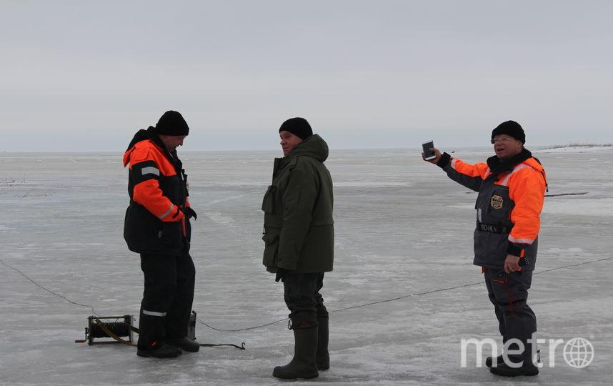 "Так взрывали лед на реке Сясь. Фото ГУ МЧС Ленобласти, ""Metro"""