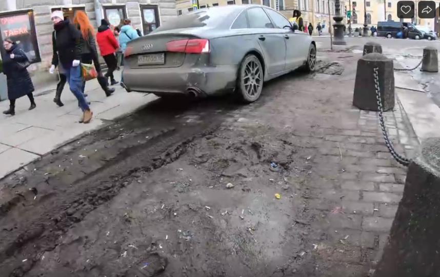 Петербуржец на иномарке паркуется прямо на клумбах в центре: Видео. Фото ДТП и ЧП | Санкт-Петербург | Питер Онлайн | СПб, vk.com