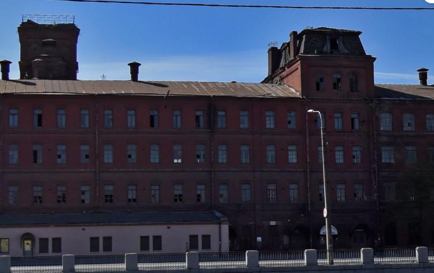 Здание бывшей фабрики. Фото Яндекс.Панорамы