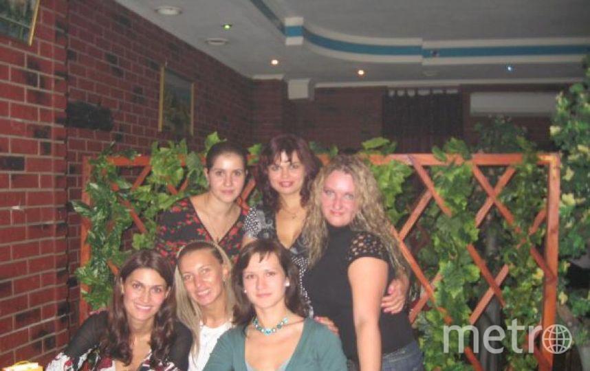 """Традиция нашей большой семьи - ценить дружбу!!! Уверена, под этим письмом каждый подпишется, что очень важно иметь друзей, которые близки тебе и с которыми ты на одной волне. Фото 2007 года  Фото 2018 года. Фото Марина, Лена, Оля, Вика, Людмила, Олеся , """"Metro"""""""