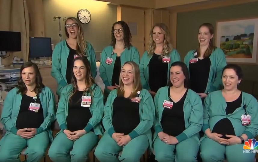 Медсёстры центра Maine Medical Center. Фото Скриншот https://www.youtube.com/watch?v=PLNXCX5Vwd4, Скриншот Youtube