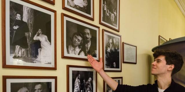 """Комиссаржевская в стенах """"Пассажа"""" более века лет назад открыла Драматический театр."""
