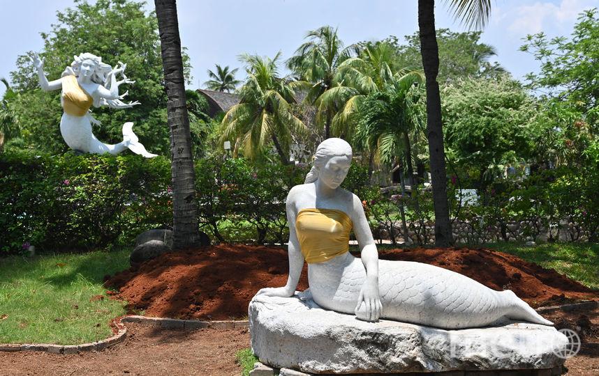 Статуи русалок, парк Ancol. Фото AFP
