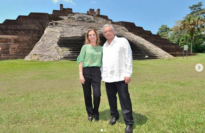 Лопес Обрадор отправился в сопровождении своей жены на древние руины, где произошло первое сражение местных индейцев с испанскими конкистадорами. Фото instagram/lopezobrador