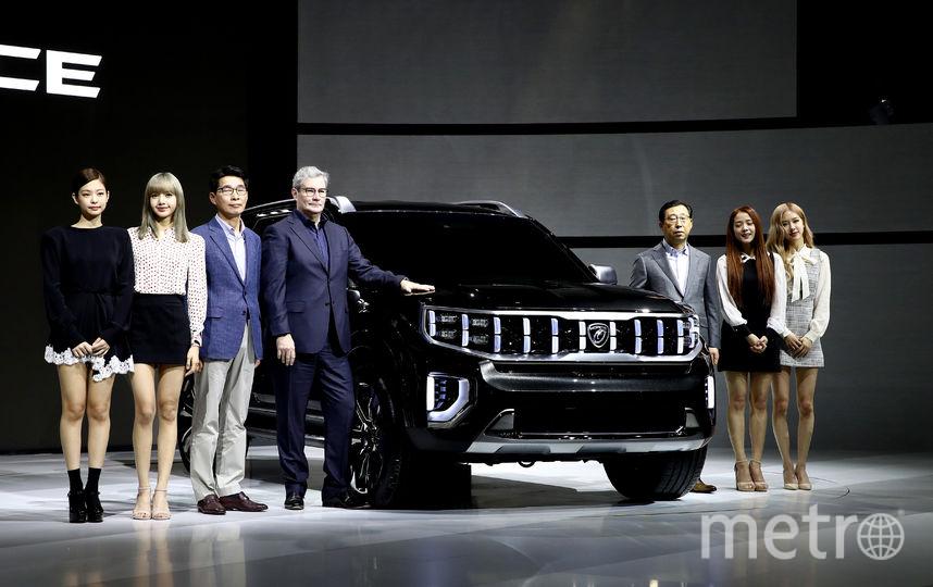 Джису, Дженни, Розэ и Лиса появились на презентации моделей Kia Motors. Фото Getty