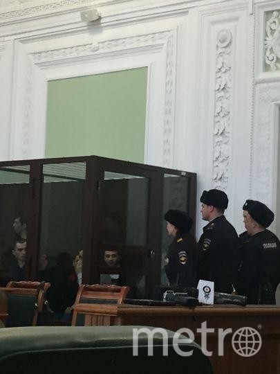 """На суд пришли те, кто признан пострадавшим по делу о теракте. Фото Карина Тепанян, """"Metro"""""""