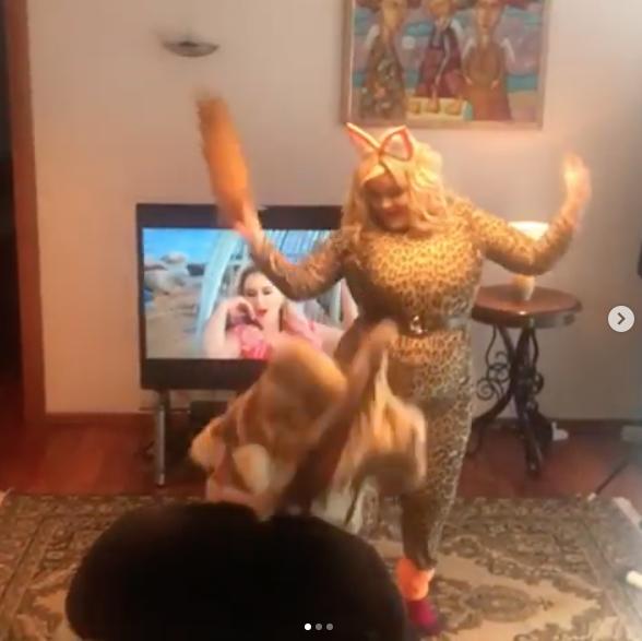 Кадр со съёмок клипа. Фото скриншот из официального блога Анны Семенович в Instagram