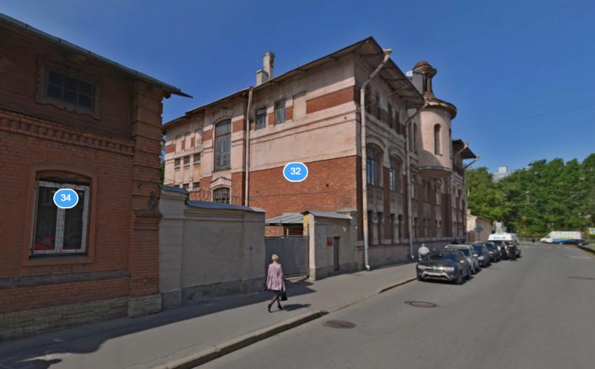 На территории Академии Можайского в Петербурге взорвалась мина. Фото скриншот