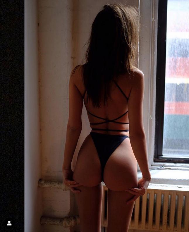 Эмили Ратаковски. Фото Скриншот Instagram: @emrata