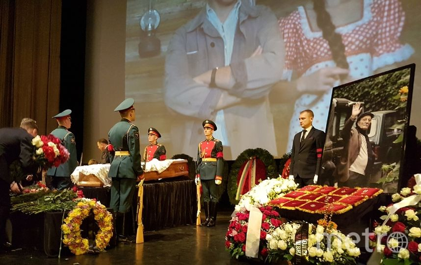 Прощание Георгием Данелией. Фото Василий Кузьмичёнок