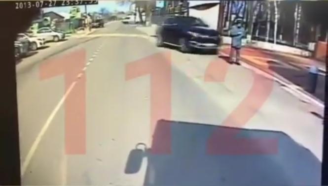 Пострадавший парень остался жив. Фото Скриншот youtube.com/watch?v=QpJLg0XKpSg