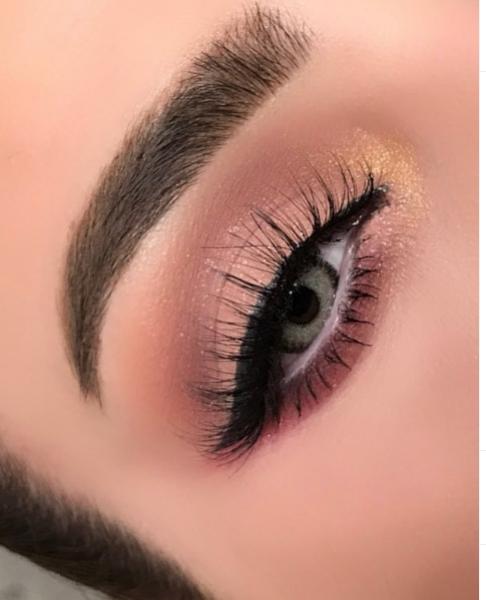 Курсы макияжа. Фото www.instagram.com/makeup.ramela
