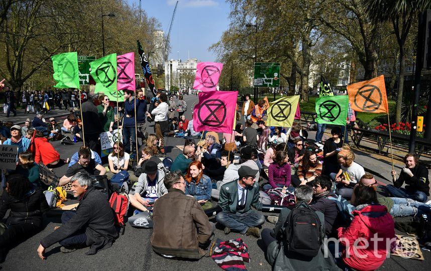 Протестанты хотят привлечь внимание к климатическим проблемам. Фото AFP