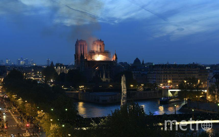 Горит собор Парижской Богоматери. Фото AFP