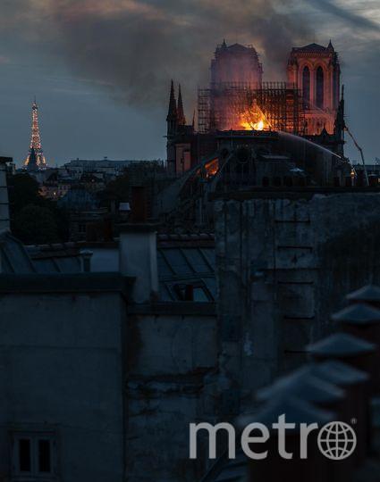 Фото горящего собора. Фото Getty