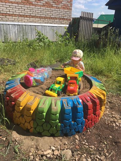 Идею для песочницы Римма Белякова подсмотрела в социальной сети Pinterest. Фото Instagram @rimma_mata