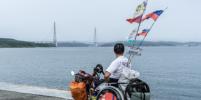 Путешественник без ног не смог преодолеть мосты Петербурга