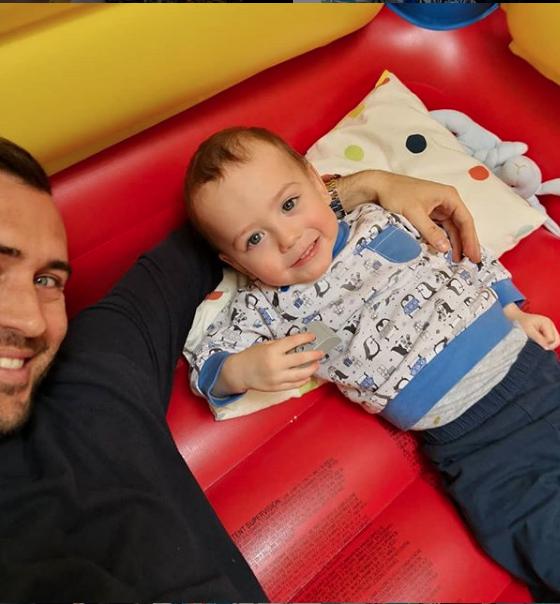"""Кержаков с сыном Артемием. Фото https://www.instagram.com/a.kerzhakov11/, """"Metro"""""""