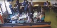 Опубликовано полное видео драки с участием Кокорина и Мамаева