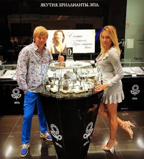 Андрей Григорьев-Апполонов с женой Марией. Фото www.instagram.com/apollonov_ag