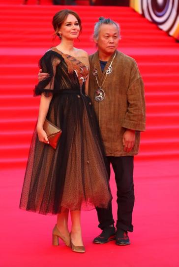 Ирина Безрукова и Ким Ки Дук. Фото Василий Кузьмичёнок