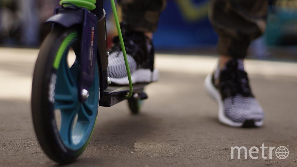 """Люди, катающиеся на самокатах, не приравниваются к велосипедистам. Фото https://pixabay.com, """"Metro"""""""