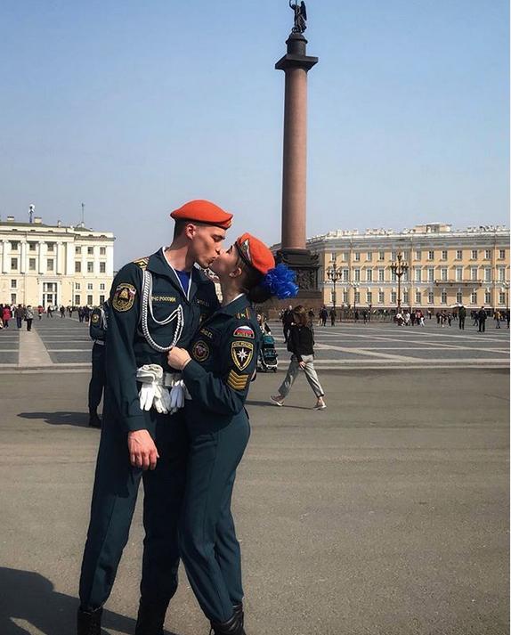В Петербурге прошла репетиция парада Победы: Яркие фото. Фото Скриншот Instagram: @e_katerina018