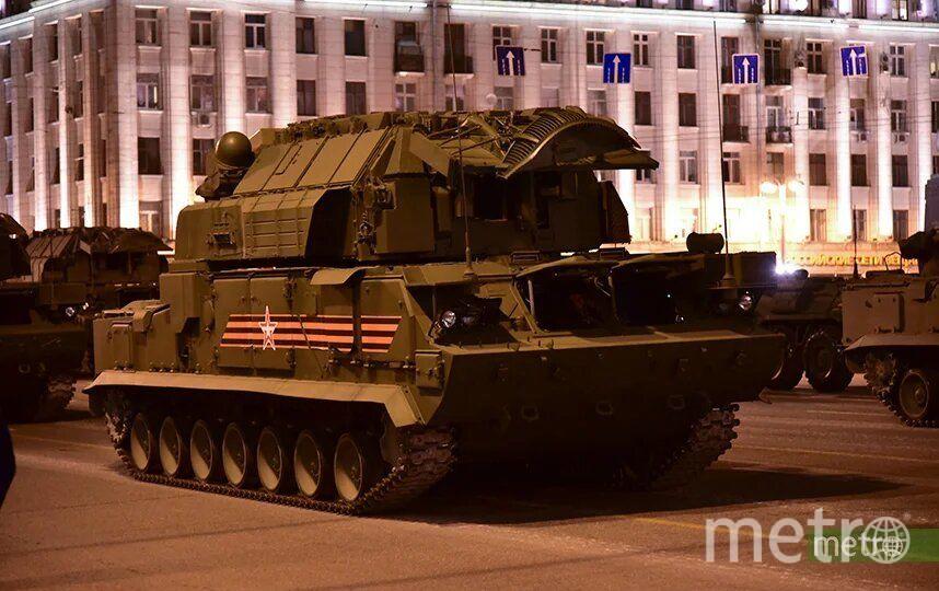 29 апреля в Москве прошла первая вечерняя репетиция парада. Фото Василий Кузьмичёнок