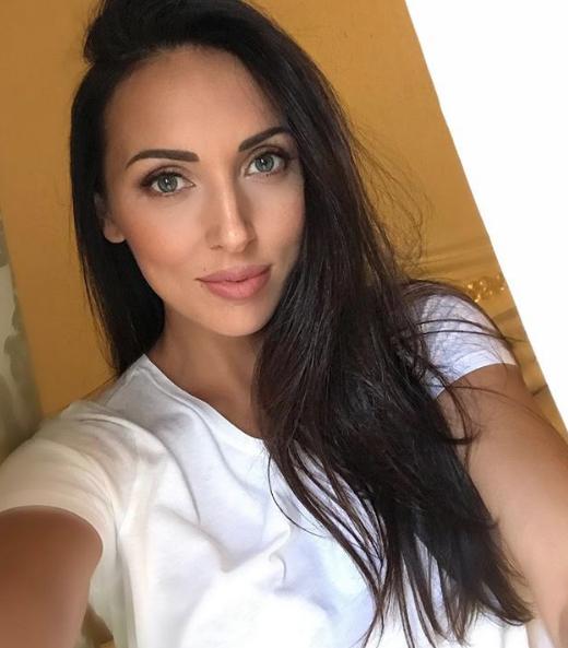Алсу с дочерью. Фото скриншот https://www.instagram.com/alsou_a/?hl=ru