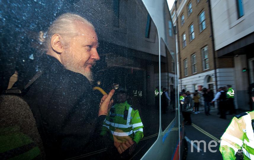 Задержание Джулиана Ассанжа в апреле. Фото Getty