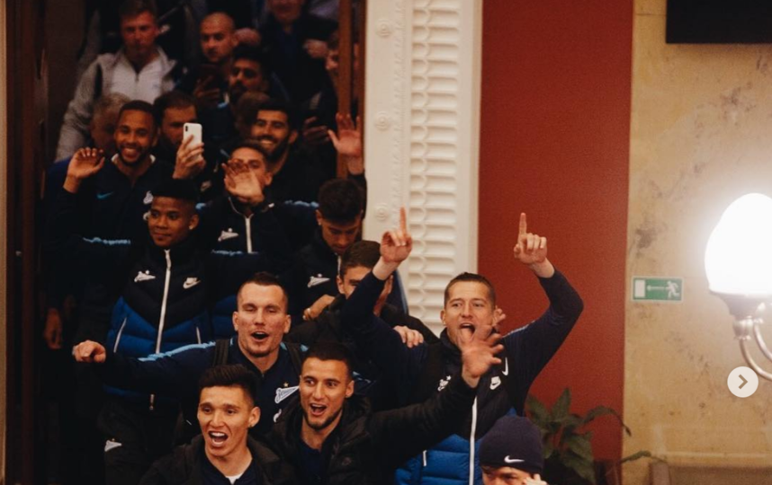 """Футбольный клуб """"Зенита"""" празднует чемпионство. Фото Instagram @zenit_spb"""